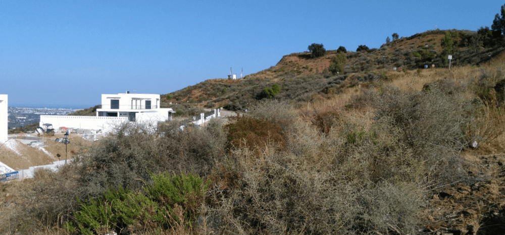 Plot with sea view in La Cala Golf