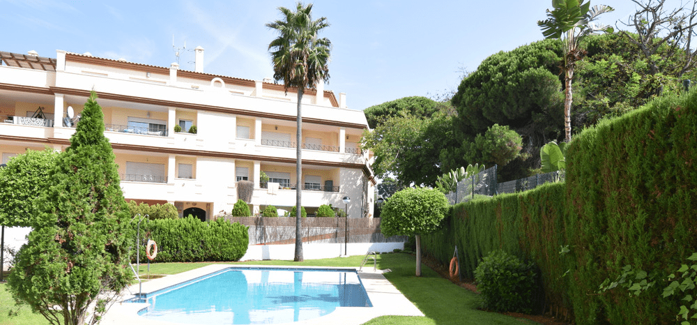 Beachside apartment in Elviria