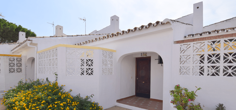 Townhouse by the beach in Estepona