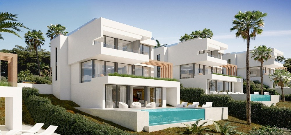 Luxury detached villas in La Cala Golf
